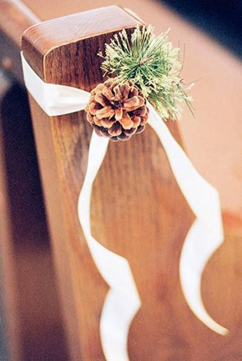 ultimate winter wedding inspiration pine cone aisle decor momooze.com online magazine for moms