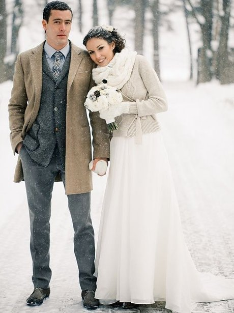 008d6bb9bf701 The Ultimate Winter Wedding Inspiration: 39+ Perfect Details | momooze