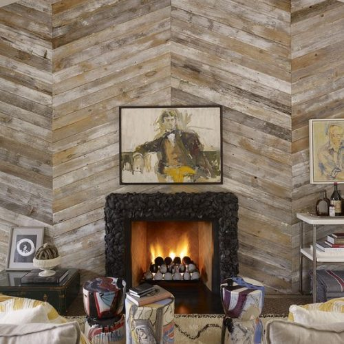 unique home decor projects diy wood pallet accent wall fireplace momooze.com online magazine for the modern mom