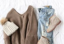 winter staples winter pullover jeans momooze.com online magazine for moms